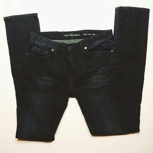 NWOT Calvin Klein | Dark Slim jeans size 30 32